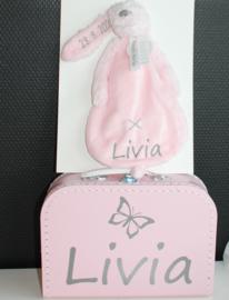Koffertje met naam + vlinder + Knuffeldoek Rabbit Richie met naam