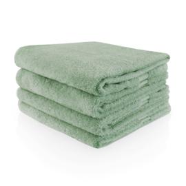 Handdoek stonegreen met naam geborduurd 500 gram²