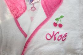 Luxe wit- rose badjas 2-4 jaar met naam + kersje geborduurd