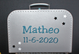 Zilver grijs koffertje met naam + datum + sterretjes 30 cm