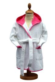 Luxe wit/ rose badjas met naam groot op de achterkant 2-4 jr.