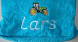 Tractor + naam geborduurd