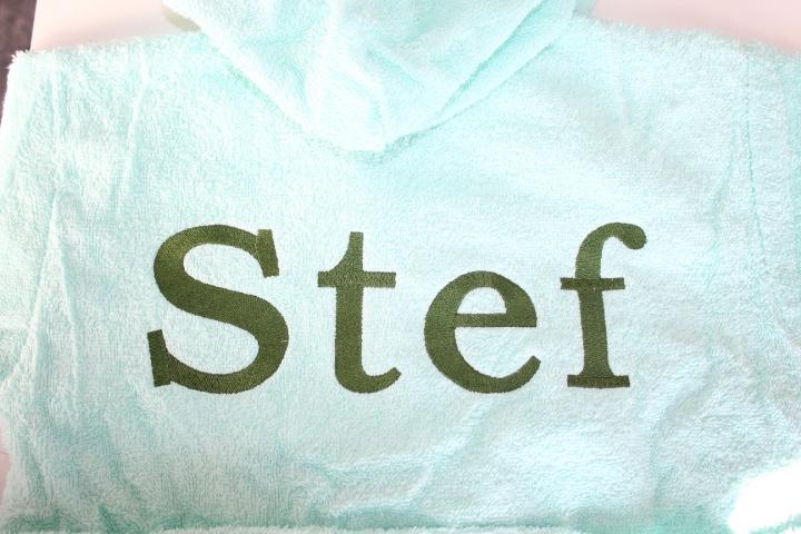 Mintgroen badjas met naam geborduurd 1-2 jaar