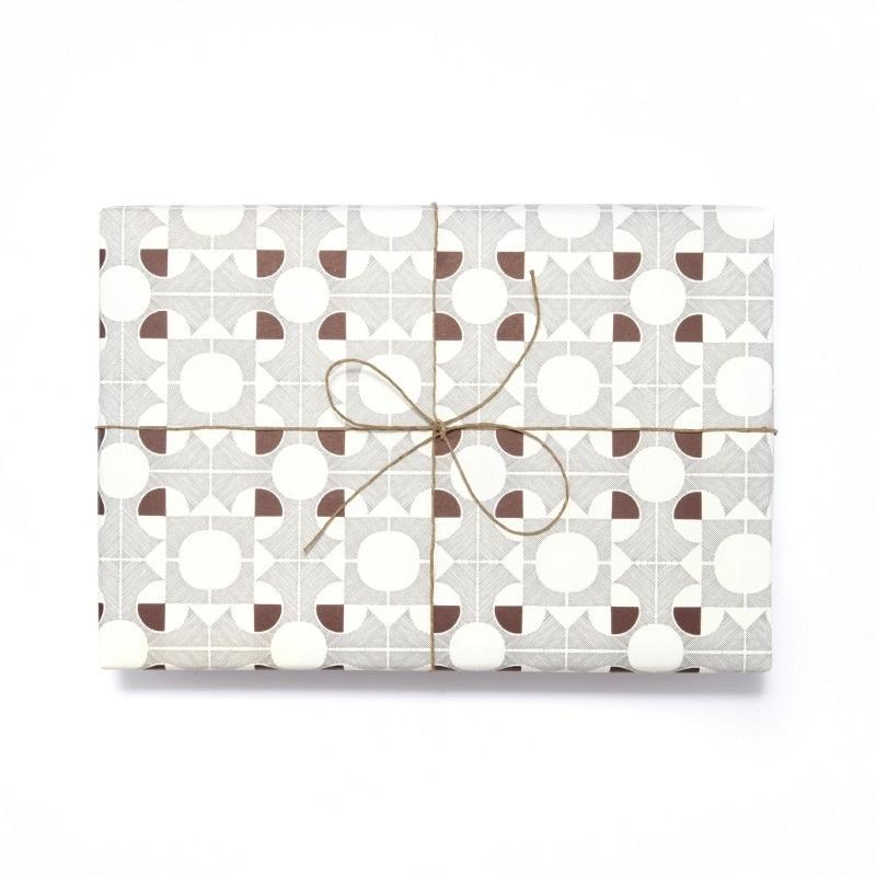 Inpak-/cadeaupapier Esme Winter - Terrace aubergine