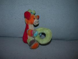 AJ-1364  Happy Horse rammelaar giraffe Giro