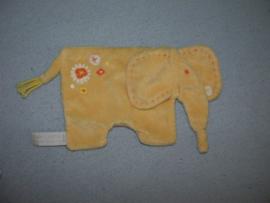 KP-1471  Happy Horse kroeldoekje olifant Eef Tuttle 2005