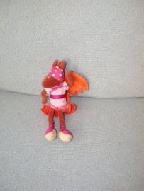 AJ-898  Hema eekhoorn met jurkje - klein model - 20 cm