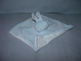 K-1089  Bambino kroeldoekje konijn zonder knoopjes