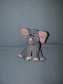 KP-2039  Tender Toys olifant - 18 cm