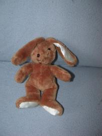 K-284  Family Shop konijntje - 19 cm