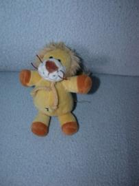KP-1867  Tender Toys leeuwtje - 14 cm