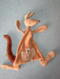 KP-1717  Woody kroeldoekje kangaroe
