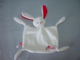 K-1053  Bonbebe kroeldoekje konijn