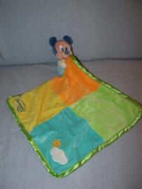 M-470  Disneyland Resort Parijs muis Mickey Mouse met kroeldoek