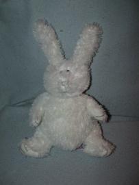 K-1088  Prenatal konijn, witte voetzolen - 24 cm
