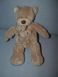B-1394  Nicotoy beer met kleintje - 31 cm