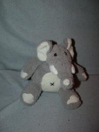 KP-875  Happy Horse olifant Ilmo nr.1  2008 - 14 cm