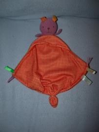 K-1214  Bobbie & Friends kroeldoekje konijn