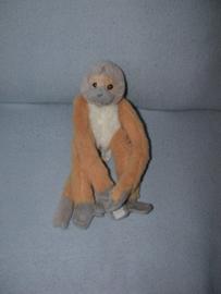 AJ-1355  Gaia Zoo aapje - 28 cm