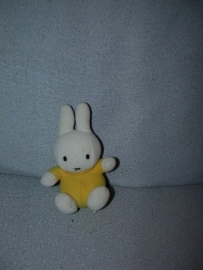 K-808  Golden Bear Products Miffy/Nijntje - 14 cm