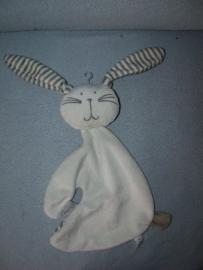 K-1083  Funnies kroeldoek konijn