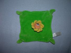 AJ-1107  Happy Horse kroeldoekje Happy Flower 2006