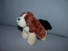 H-764  Ganz hondje Beagle