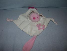 K-860  Tiamo kroeldoekje konijn met bijtstuk (wat beknuffeld)