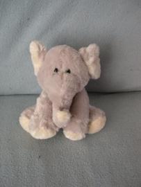 KP-1706  Family Shop olifant - kale plek op rug