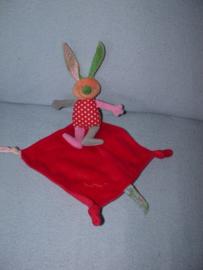 K-787  Bambino konijntje met kroeldoekje