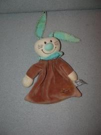 K-736  Tiamo kroeldoekje konijn Bets the Bunny