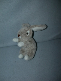 K-1324  Onbekend konijntje - Toys?