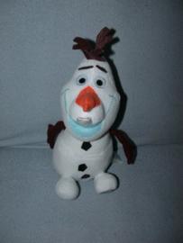 QZ-927  The Disney Store sneeuwpop Olaf uit Frozen - 26 cm