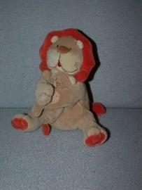 KP-1295  Lilliputiens leeuw met kleintje