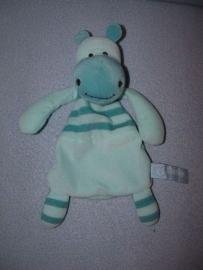 KP-102  Hans Textiel/Little Me knisperdoekje nijlpaard 2004