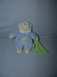 B-1737  Anna Club Plush beertje Baby Bo met doekje - 18 cm