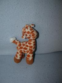 AJ-325  Hema kleine giraffe