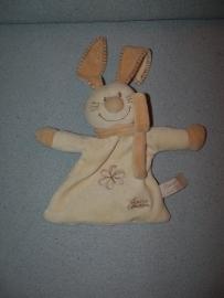 K-365  Tiamo kroeldoekje Bets the Bunny