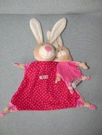 K-943  Sigikid kroeldoekje konijn met kleintje