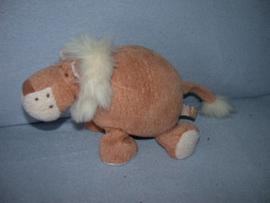 KP-1129  Happy Horse leeuw Leslie nr.2  2000 - 19 cm