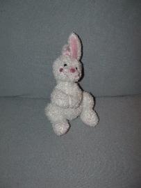 K-533  Hema konijn met magneetjes - 22 cm