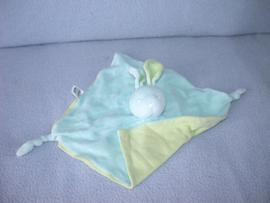 K-443  Bambino kroeldoekje konijn, lichtblauw/lichtgroen