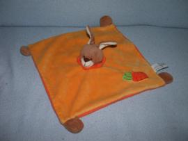 K-1330  Soft Friends kroeldoek konijn