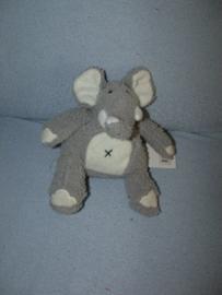 KP-875  Gloednieuw! Happy Horse olifant Ilmo nr.1  2008 - 14 cm