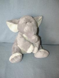 KP-1672  Hema olifant - zonder kleintje!!