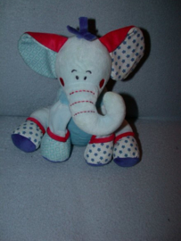 KP-1552  Tiamo olifant Ollie - 22 cm