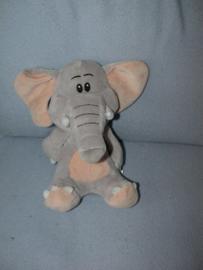 KP-1782  Safaries olifant Lara (Albert Heijn, Jumbo)