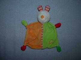 K-1399  C&A kroeldoekje konijn