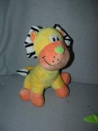 KP-1621  Tender Toys leeuw - 24 cm