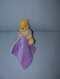 B-1723  Nicotoy/Disney Baby/Simba beertje Winnie de Poe (lichtgevend)